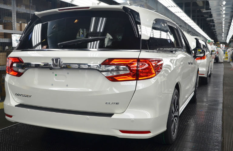 Honda Odyssey production rear view