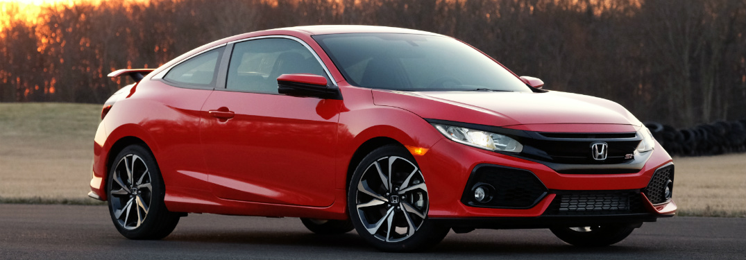 2017 Honda Civic Si Coupe red side view