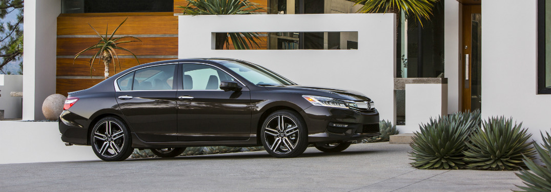2017 Honda Accord engine options