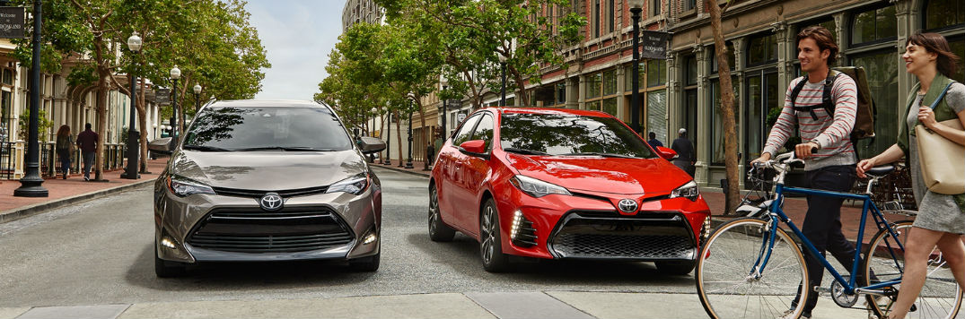2018 Toyota Corolla color options and interior fabric choices