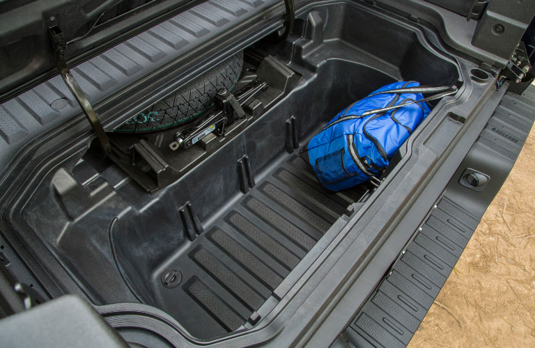 2017 Ridgeline Dual Action Tailgate And In Bed Trunk