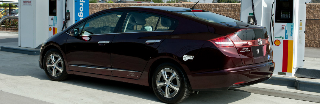is the fuel economy and range of the 2017 Honda Clarity