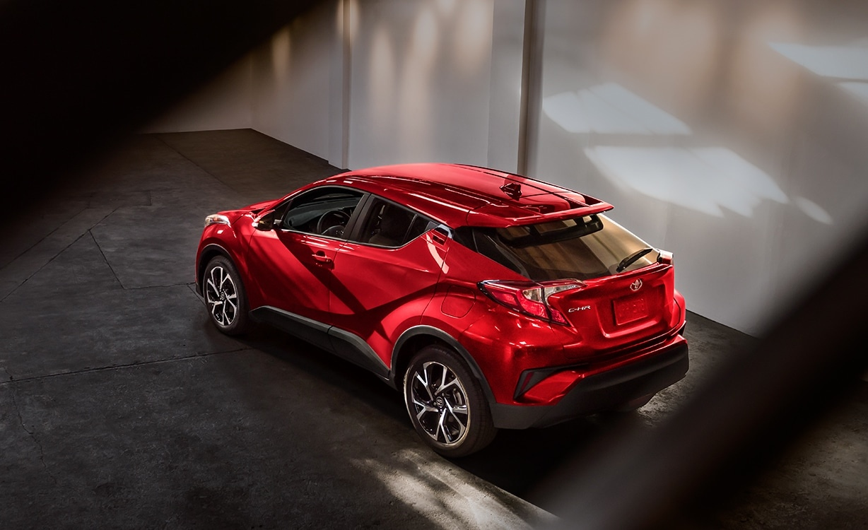2018 toyota ch r interior and exterior features. Black Bedroom Furniture Sets. Home Design Ideas
