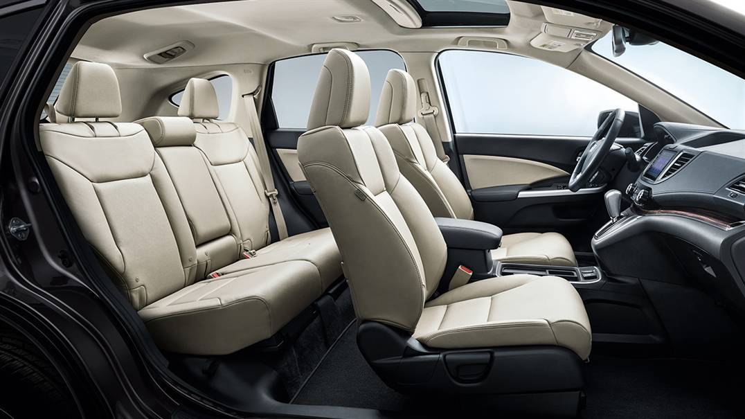 2016 Honda CR-V passenger space