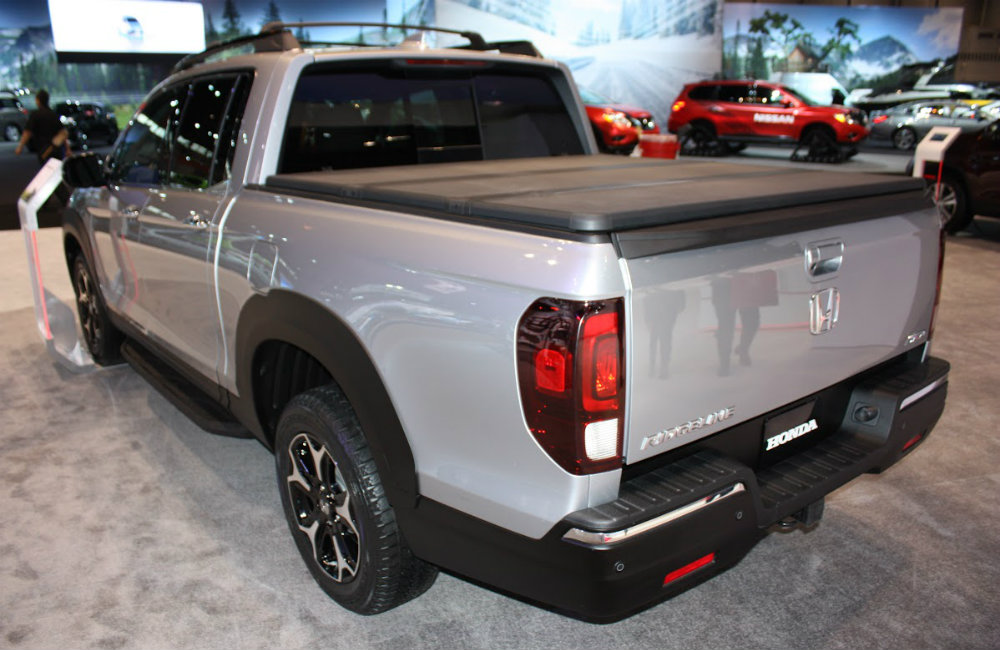 2017 Honda Ridgeline release date and engine specs