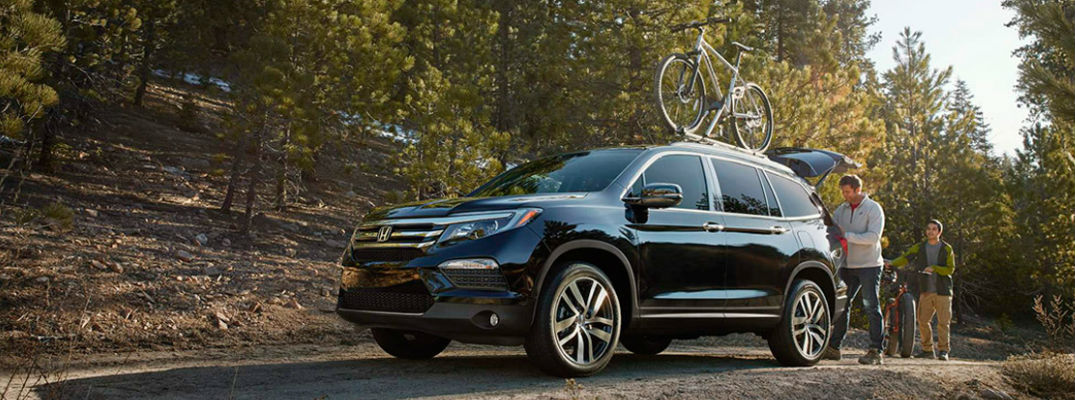 How does the 2016 Honda Pilot rank for safety, and what safety features does it offer?