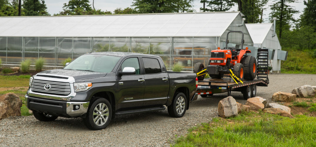 Toyota Tundra Towing Capacity >> Towing Capacity Of The 2016 Toyota Tundra Near Bangor Me