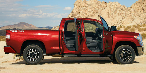 what s new for the 2017 toyota tundra. Black Bedroom Furniture Sets. Home Design Ideas