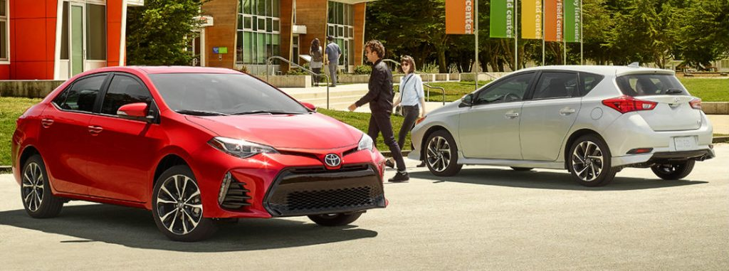 what are the 2017 toyota corolla trim levels and features. Black Bedroom Furniture Sets. Home Design Ideas