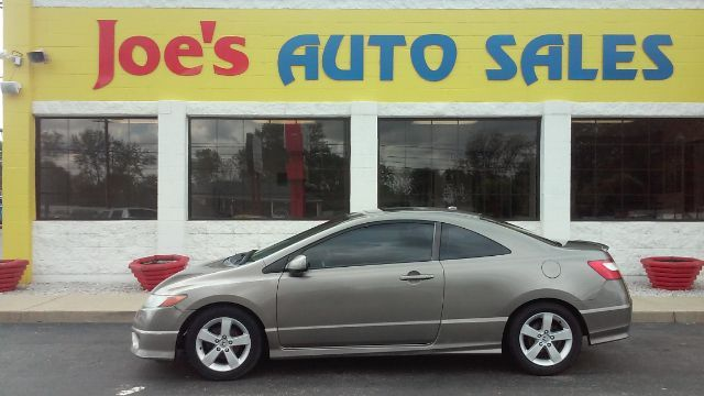 Used Honda Civic at Joe's Auto Sales