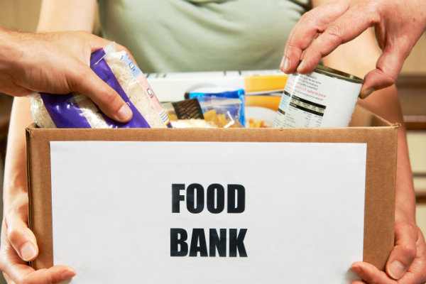 Thanksgiving 2016 Volunteer Opportunities Indianapolis include donating food