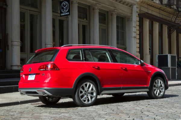 2017 vw golf alltrack exterior rear exterior red
