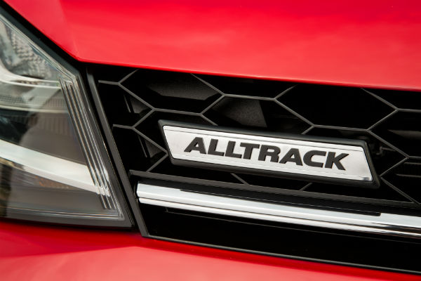 2017 vw golf alltrack grille badging