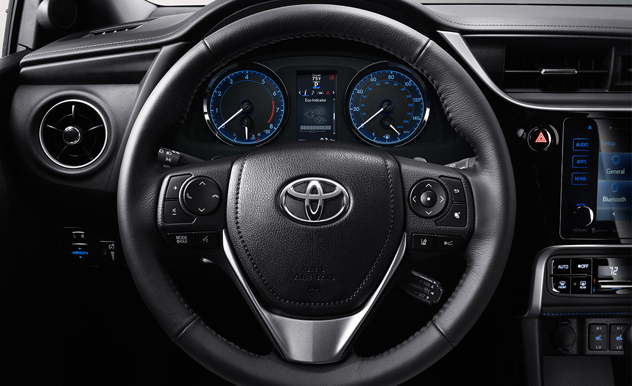 2017 Toyota Corolla Features