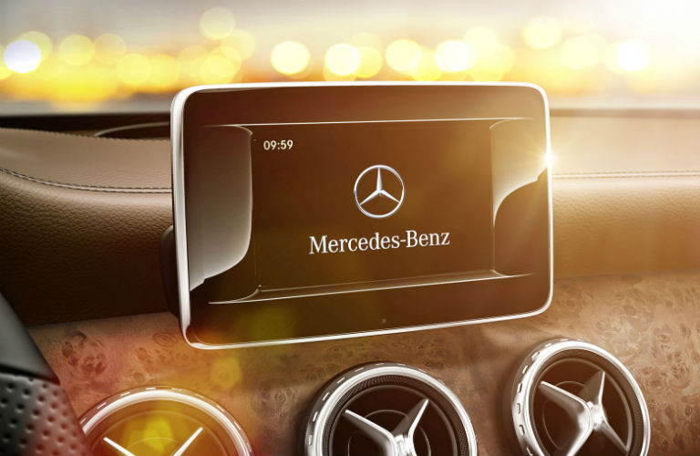 List of Mercedes-Benz Models with Apple CarPlay