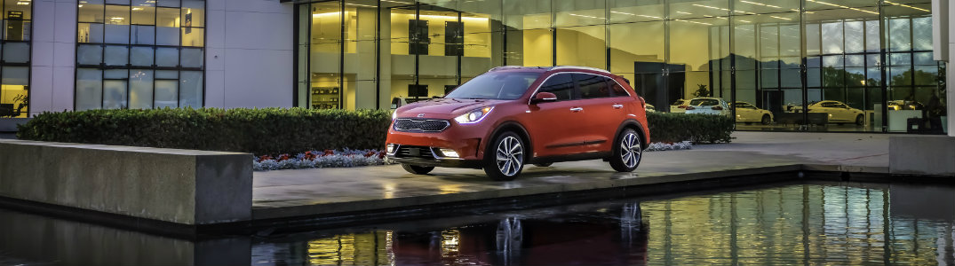 2017 Kia Niro red