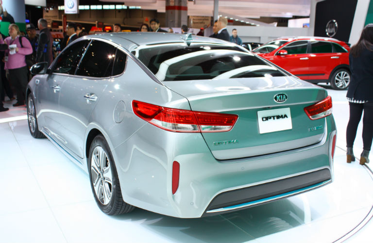 New kia optima revealed at chicago auto show for Kia motors irvine ca