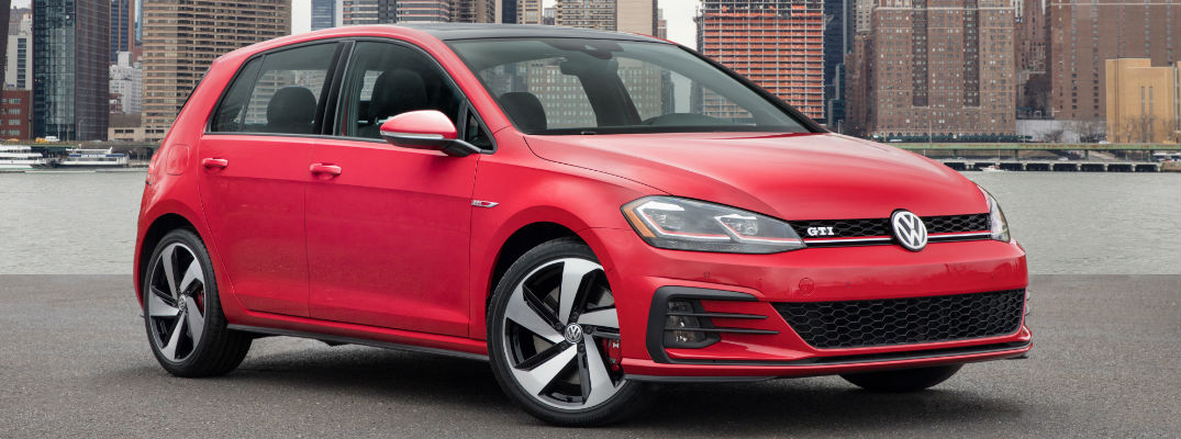 2018 Volkswagen Golf GTI Release Date and Design Specs