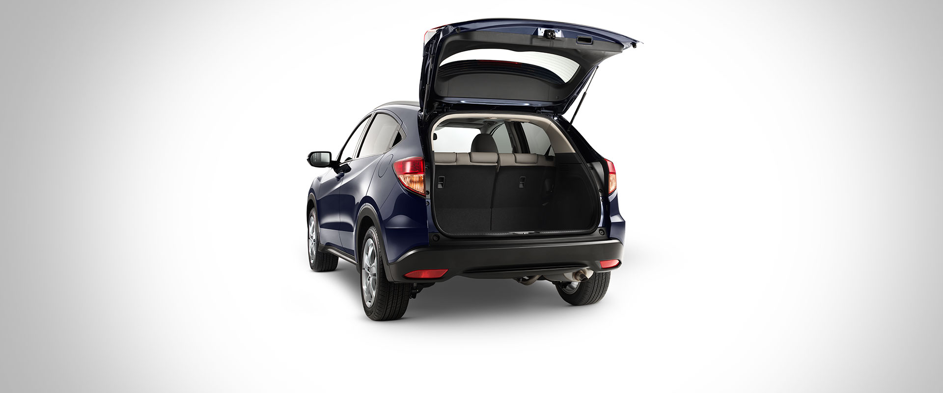 Versatility of the new 2016 honda hr v for Honda hrv cargo space