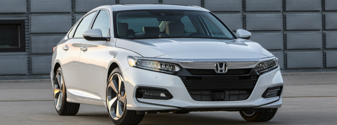 What engines are available for the 2018 Honda Accord?