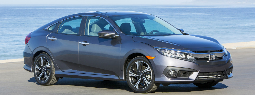 What is the recommended tire pressure for a 2017 Honda Civic?