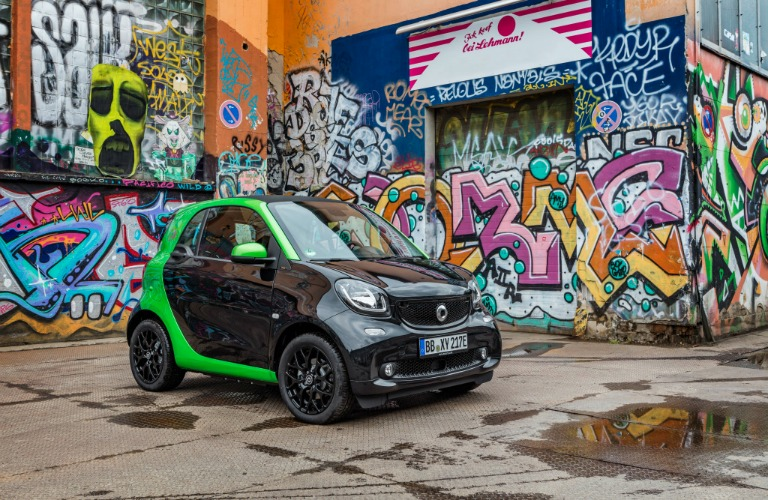 2017 smart fortwo electric drive release date