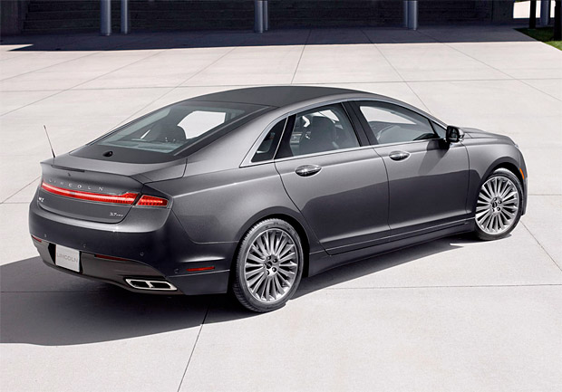 2013 Lincoln MKZ Named Top Safety Pick+