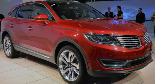 Lincoln Unveils 2016 MKX Crossover in Detroit