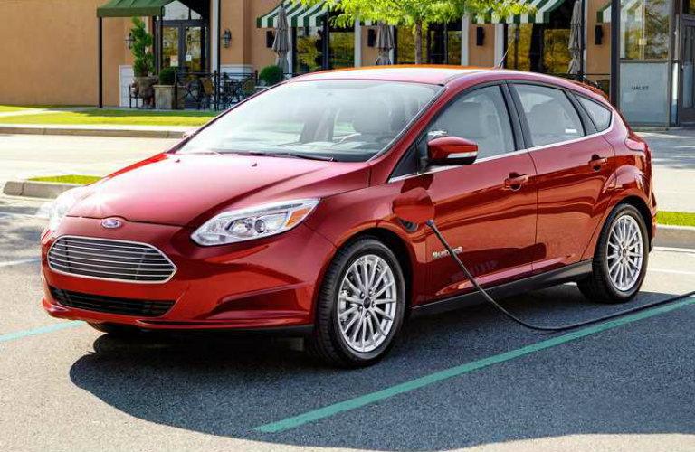 2017 ford focus trim level comparison. Black Bedroom Furniture Sets. Home Design Ideas
