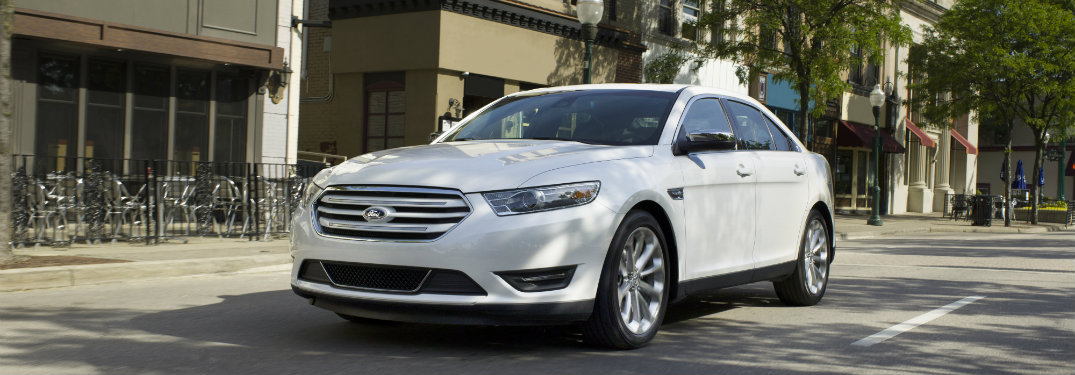 2017 Ford Taurus color options