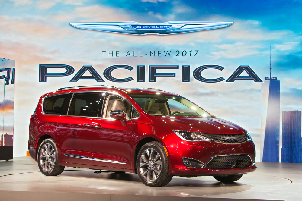 chrysler-pacifica-hybrid-hollywood-chrysler-jeep