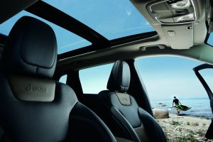 Hollywood Chrysler 2016 Jeep Cherokee Sunroof