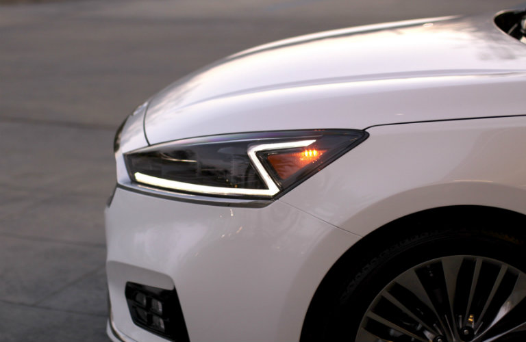 new z car release2017 Kia Cadenza Release Date and Features