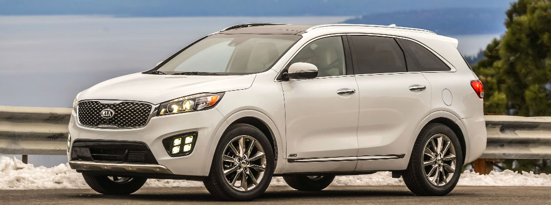 White 2018 Kia Sorento Front and Side Exterior on Coast Highway