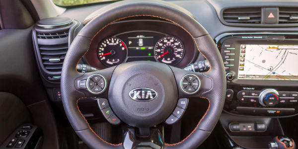 2018 Kia Soul Steering Wheel with Kia UVO3 Infotainment System