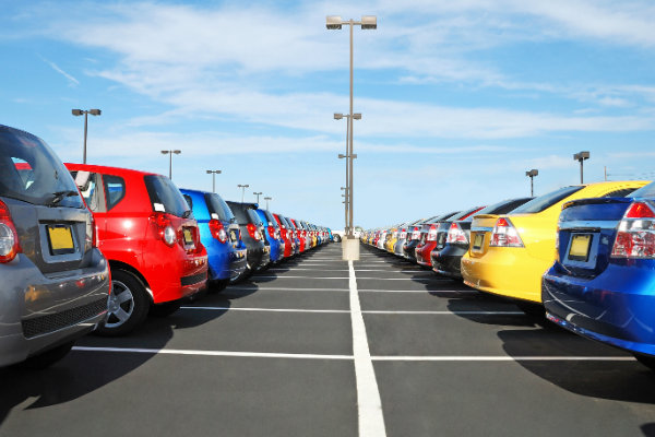 There are some important advantages to buying a used car from a sales lot