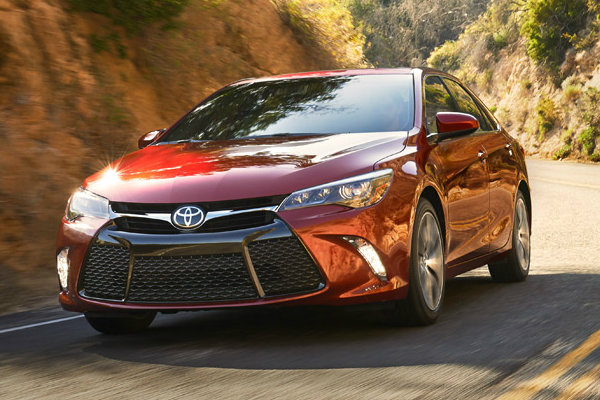 Charming 2016 Toyota Camry In Red Star Safety System