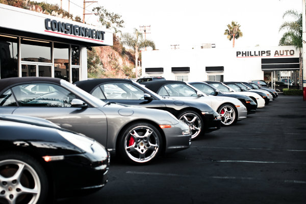 How to sell a vehicle on consignment at Phillips Auto