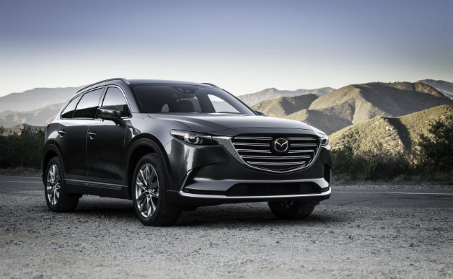 new grille design on the 2016 mazda cx-9