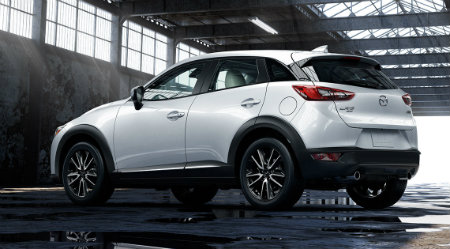 new 2016 mazda cx-3 in white paint color