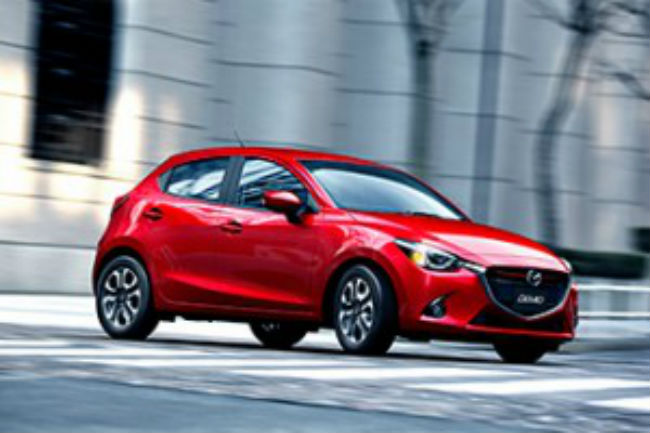 The 2016 Mazda2 demo was revealed in Japan.