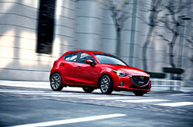 The all-new Mazda 2! (Japan Spec)