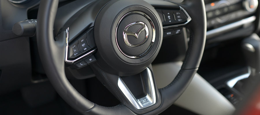 2017 mazda6 steering wheel design shape