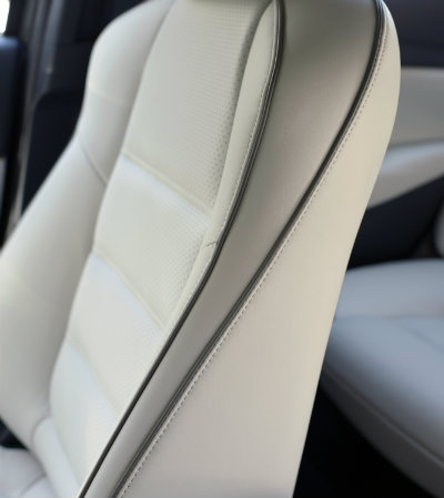 2017 mazda6 nappa leather seats with contrasting color piping