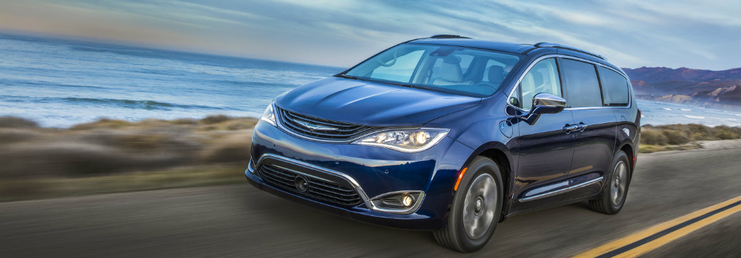 fuel efficiency of the 2017 chrysler pacifica hybrid. Black Bedroom Furniture Sets. Home Design Ideas