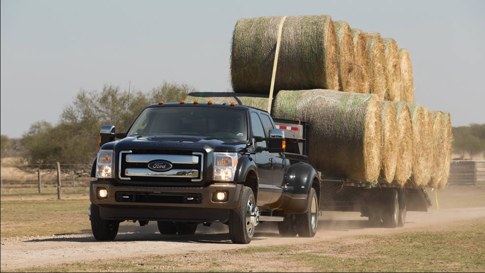 Ford Super DutyTowing Hay Bales