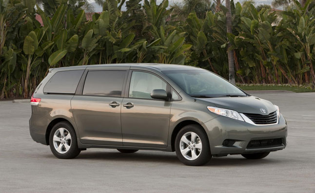 2013 toyota sienna vs 2013 honda odyssey. Black Bedroom Furniture Sets. Home Design Ideas
