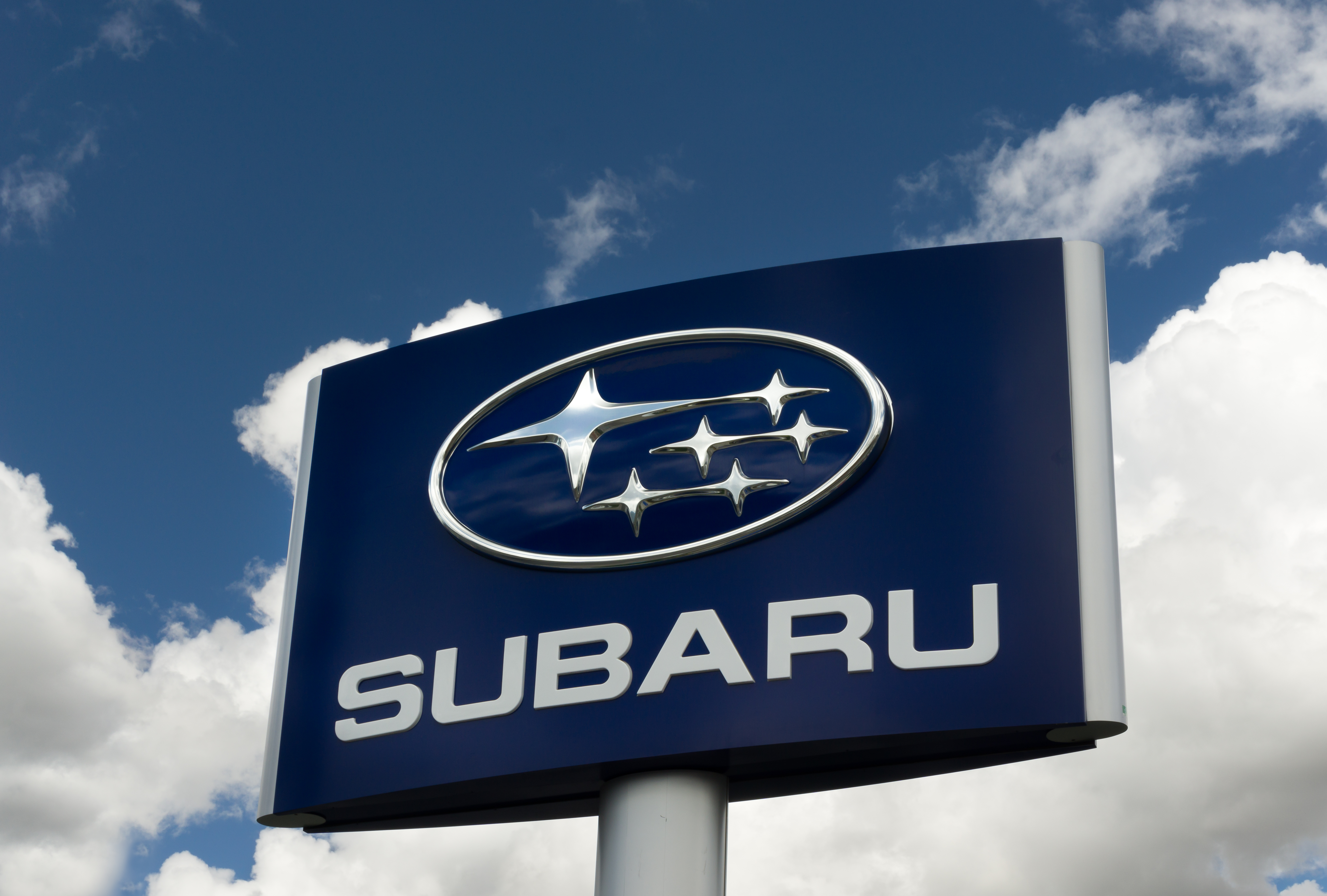 Looking for a Great SUV Alternative?  The 2014 Subaru Outback