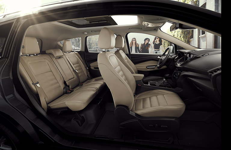 2017 ford escape seating capacity and cargo volume in metric. Black Bedroom Furniture Sets. Home Design Ideas