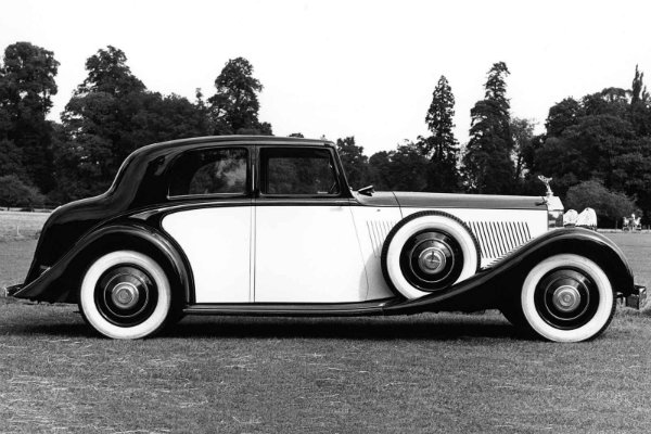 Historical Rolls-Royce Vehicles